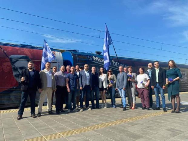 Встреча поезда Победы